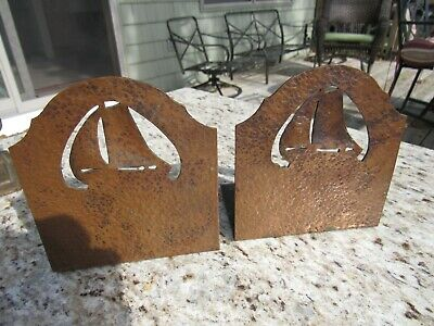 ANTIQUE 1920's ARTS AND CRAFTS / MISSION HAND HAMMERED COPPER SAILBOAT BOOK ENDS