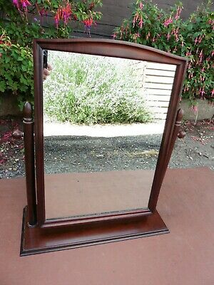 STAG MINSTREL MAHOGANY SWING DRESSING TABLE MIRROR TILT ACTION. FREE STANDING