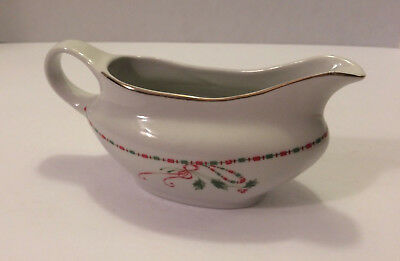 Gibson Christmas Charm Soup Gumbo Bowl Holly Berries Gold Trim Holiday XMB4