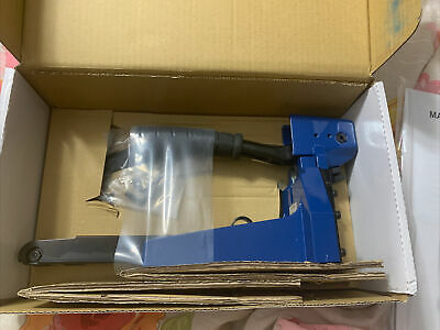 Staples Manual Carton Stapler New