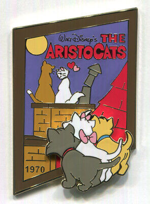 """ARISTOCATS 1970 Marie Toulouse Berlioz Rooftop """"History of Art"""" Japan Disney Pin"""