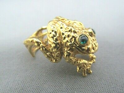 3D Vintage Erwin Pearl Gold Tone Green Eyed Bumpy Toad Frog Ring