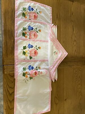 6 Table Matts And Matching Napkins Applique Work