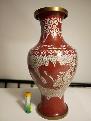 RARE 19c Chinese Oxblood Cloisonne Vase w 2 x 5 Toed Dragons Fighting 23cm Tall