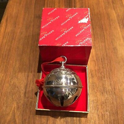 Details about  /Reed /& Barton Holly Bell 2018 Gold Plated Ornament #877592 NO BOX