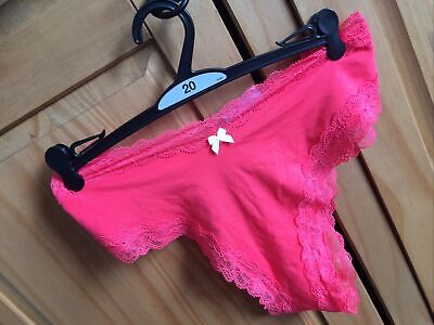 3 MARKS /& SPENCER BNWT/'s NO VPL/'s THONGS,.KNICKERS FREE POST M/&S SIZE 20 or 22