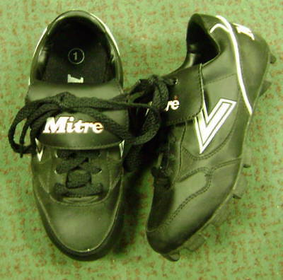NEW Mitre Jr Baseball Cleats size 1
