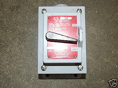 Allen Bradley 600TEX5 Bulletin Manuel Toggle Switch 1PH