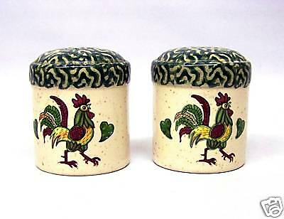 Haritage Pottery Salt & Pepper Set