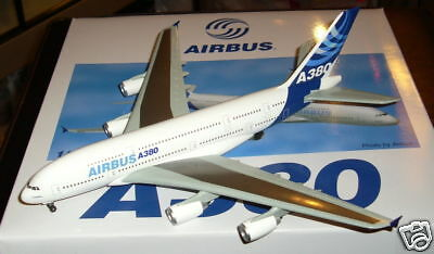 Airbus Corp. A380, Dragon Wings, 1:400!