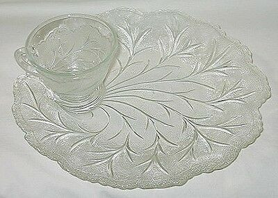 Indiana Glass Pebble Leaf Pattern Snack Plate & Cup