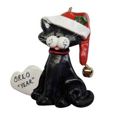 Personalized Cat w/ Heart Christmas Ornament