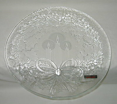 LE Smith Holly Wreath & Candles 13 1/4-inch Christmas Platter