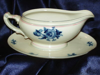Heinrich Rosmary 15722 Gravy Boat Blue Flowers Pink Germany