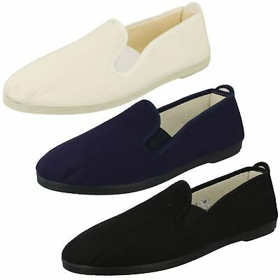 A1063- Men's/Women's Kung Fu Shoes 3 Colours- White, Navy & Black- Great Price!