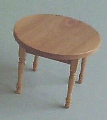 Dolls House Furniture: Light Wood Circular Table
