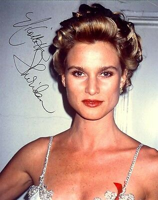 NICOLLETTE SHERIDAN AUTOGRAPHED SIGNED 8X10 PHOTO RED RIBBON
