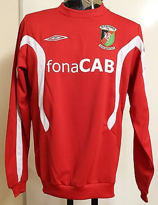 Glentoran Red Training Sweat By Umbro Adults Size Xl Brand New With Tags