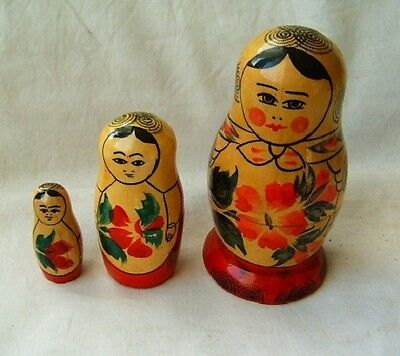 Set of 3 pc Vintage Russian Nesting Dolls USSR Russia 1980s