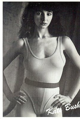 Carte Postale Postcards Chanteuse KATE BUSH en Body