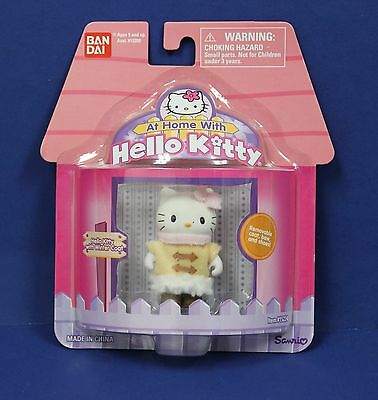 """Sanrio Bandai At Home with Hello Kitty 2"""" Figure  in Winter Coat MOC 2003 Cute!"""