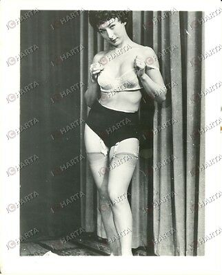 1965 ca USA - EROTICA VINTAGE Woman posing with sexy lingerie *PHOTO
