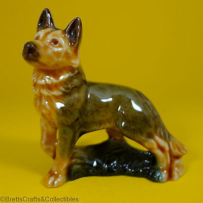Wade Whimsies - 1969/82 Dogs & Puppies Series (1969/Set 1) - Adult Alsatian
