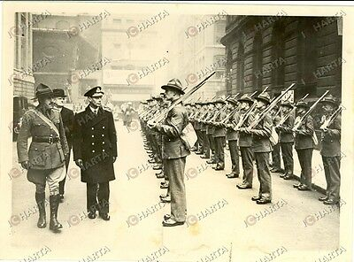 1940 LONDON (UK) King GEORGE VI and the NEW ZEALANDER troops *Photograph