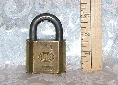 Vintage Padlock Lock Marked Ilco U.s.n. Hardened No Key Age Unknown 12.4 Ounces