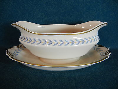 Syracuse Sherwood Gravy Boat with Attached Under Plate