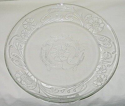 Arcoroc USA Embossed Floral & Scroll Design Dinner Plate