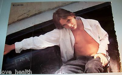 "BRAD RENFRO - SHIRTLESS - TEEN BOY ACTOR 17""x12"" MAGAZINE POSTER CLIPPING PINUP"
