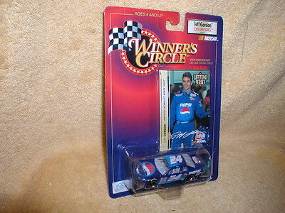 Winner's Circle - Jeff Gordon PEPSI - 1999 Monte Carlo - 1/64