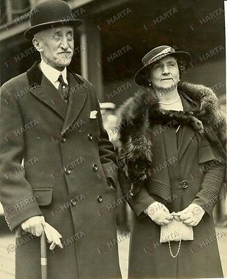 1936 TILBURY (UK) Freeman FREEMAN-THOMAS WILLINGDON and wife Marie *Photograph