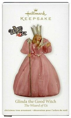 2011 Hallmark Wizard of Oz Glinda the Good Witch Ornament!