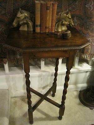 Vintage English Barley Twist Occasional Table w/ Nice Trim Work Edges Classic