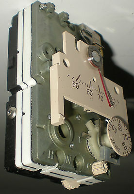 THERMOSTAT SIEMENS  LANDIS & GYR TEMPERATURE CONTROL 192-202 DIRECT ACTING NEW