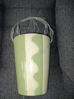 Pottery Wallpocket - Green/Cream Art Deco Design