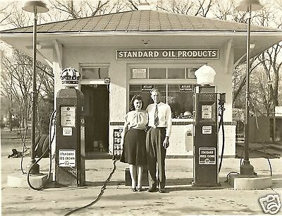 1  5x7 STANDARD OIL RED CROWN WHITE CROWN GAS SERVICE STATION