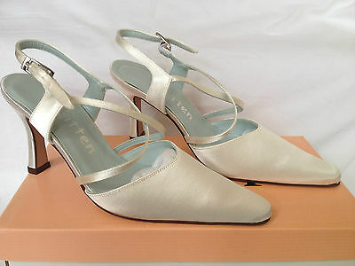 Ivory Bridal Bridesmaid Wedding Shoes All Sizes Pure & Precious Style Clover