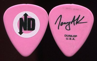NO DOUBT 2009 Summer Tour Guitar Pick!!! TONY KANAL custom concert stage Pick #1