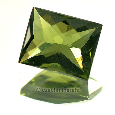 2.91cts rectangle 8x10mm checker top cut moldavite faceted cutted gem BRUS674