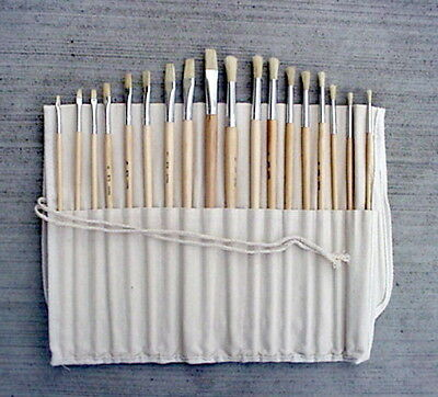 Artist Brush Set 18 pc. in Canvas Case