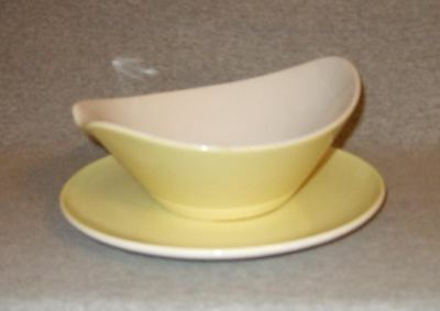 Iroquois Informal Accent-Yellow Gravy Boat w/Underplate~mint/unused