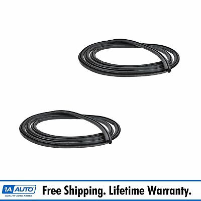 Body Mounted Door Weatherstrip Seal Front PAIR for 99-05 Sierra Silverado Tahoe