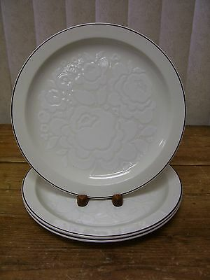 Winter Stonehenge Midwinter 3 Dinner Plate England White Flowers Brown Trim