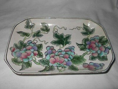 Andrea by Sadek Grape Clusters Shallow Bowl