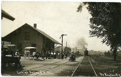 RPPC NY Deruyter Lehigh Valley Stagecoach at Railroad Depot Station Madison Co