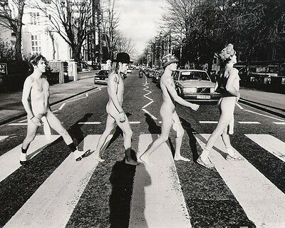 The Red Hot Chili Peppers Abbey Rd BW 10x8 Photo