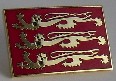 Three Lions England Badge - Enamel England pin badge Richard the Lionheart Lions